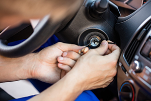 auto locksmith service in Alice Lake