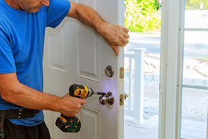residential lock installation service in Alvin
