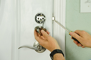 residential locks repair service in Amadis Creek
